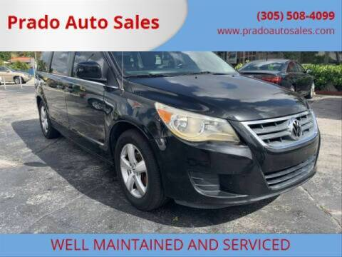 2009 Volkswagen Routan for sale at Prado Auto Sales in Miami FL