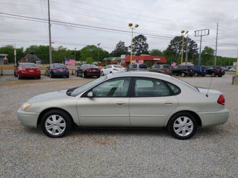 2005 Ford Taurus for sale at Space & Rocket Auto Sales in Hazel Green AL