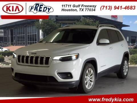 2019 Jeep Cherokee for sale at FREDYS CARS FOR LESS in Houston TX