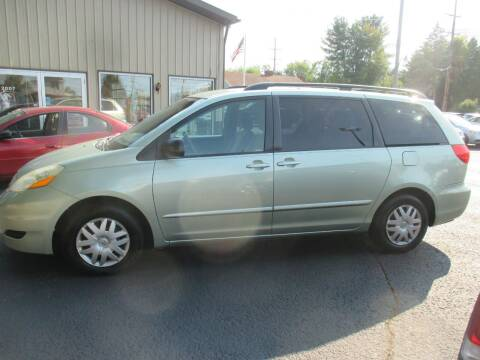 2009 Toyota Sienna for sale at Home Street Auto Sales in Mishawaka IN