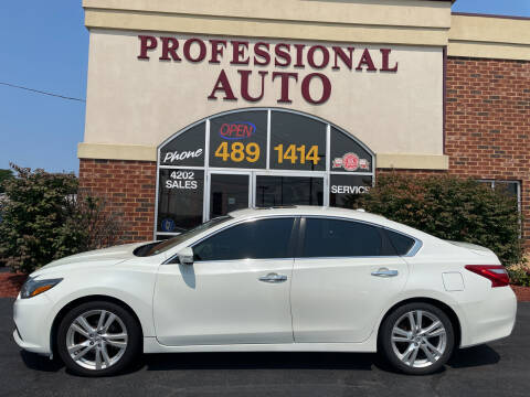 2017 Nissan Altima for sale at Professional Auto Sales & Service in Fort Wayne IN