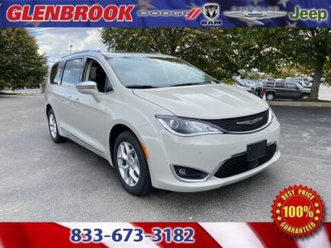 2020 Chrysler Pacifica for sale at Glenbrook Dodge Chrysler Jeep Ram and Fiat in Fort Wayne IN