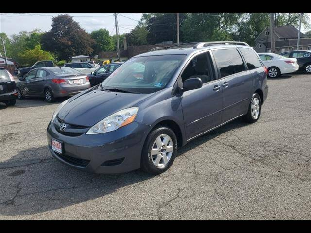 2009 Toyota Sienna for sale at Colonial Motors in Mine Hill NJ