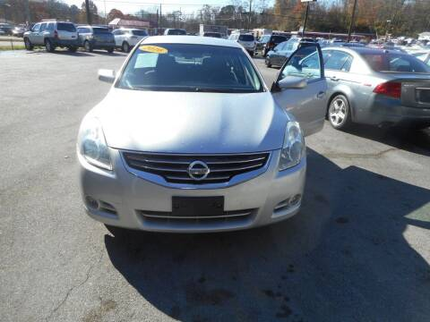 2010 Nissan Altima for sale at Elite Motors in Knoxville TN