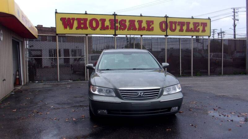 2007 Hyundai Azera for sale at LONG BROTHERS CAR COMPANY in Cleveland OH