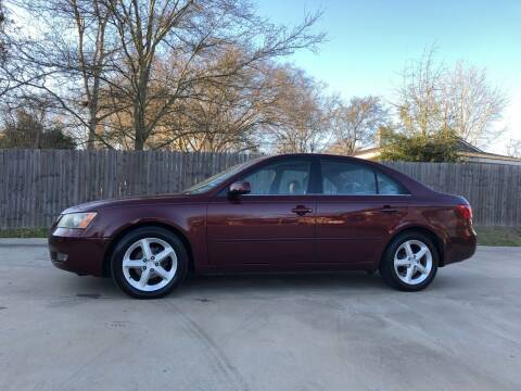 2007 Hyundai Sonata for sale at H3 Auto Group in Huntsville TX