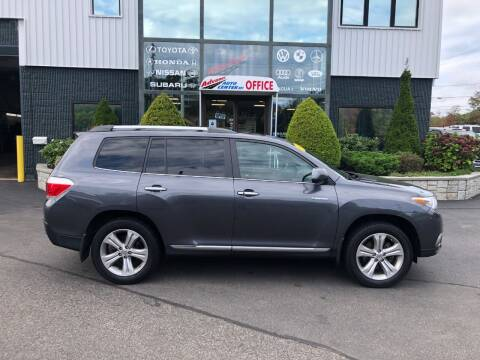 2013 Toyota Highlander for sale at Advance Auto Center in Rockland MA