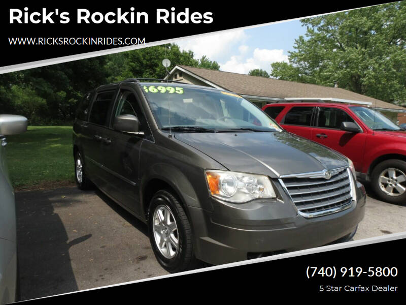 2010 Chrysler Town and Country for sale at Rick's Rockin Rides in Reynoldsburg OH