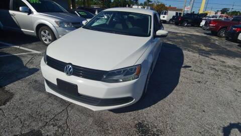 2012 Volkswagen Jetta for sale at Autos by Tom in Largo FL