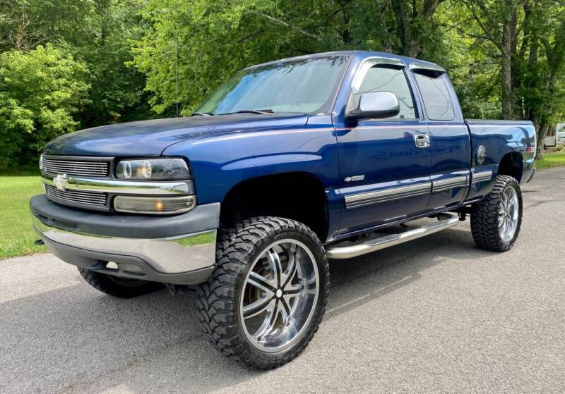2002 Chevrolet Silverado 1500 for sale at G T Auto Group in Goodlettsville TN