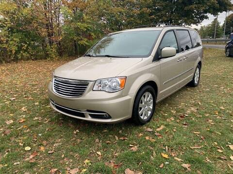 2016 Chrysler Town and Country for sale at CItywide Auto Credit in Oregon OH
