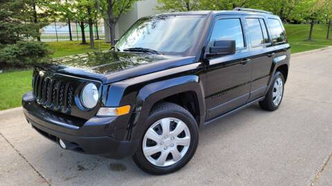 2015 Jeep Patriot for sale at Western Star Auto Sales in Chicago IL
