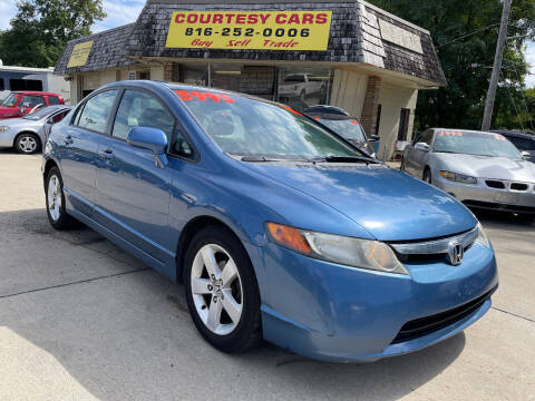 2006 Honda Civic for sale at Courtesy Cars in Independence MO