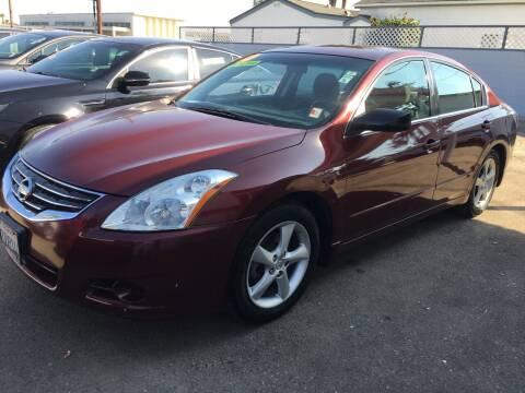 2010 Nissan Altima for sale at Auto Max of Ventura in Ventura CA