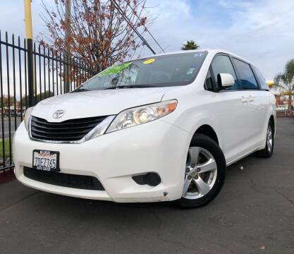 2014 Toyota Sienna for sale at LUGO AUTO GROUP in Sacramento CA