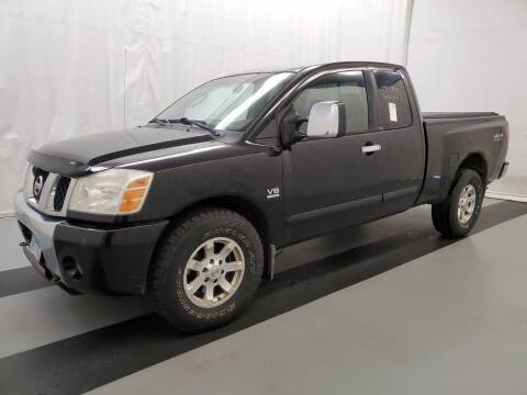 2004 Nissan Titan for sale at LUXURY IMPORTS AUTO SALES INC in North Branch MN