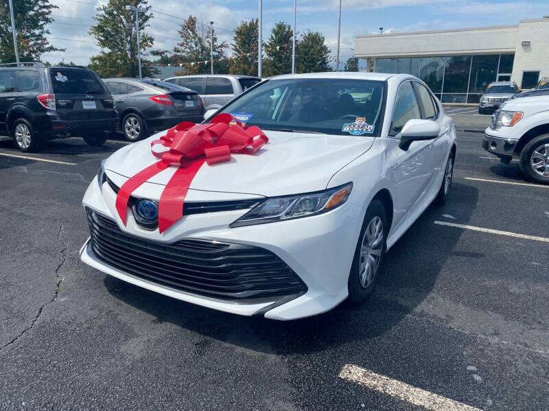 2019 Toyota Camry Hybrid for sale at Charlotte Auto Group, Inc in Monroe NC