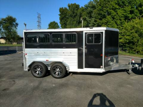 2019 Frontier 7 x 12 Low Pro 4 pen Show for sale at STOP N GO MOTORS - Horse & Livestock Trailers in Maryville TN