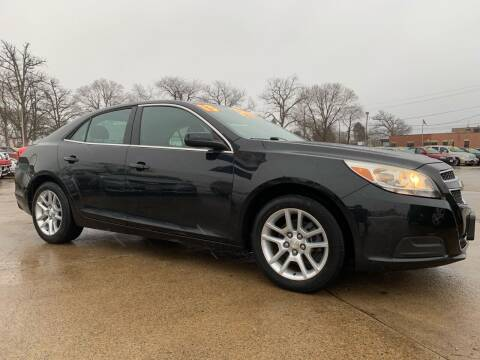 2013 Chevrolet Malibu for sale at Victory Motors in Waterloo IA