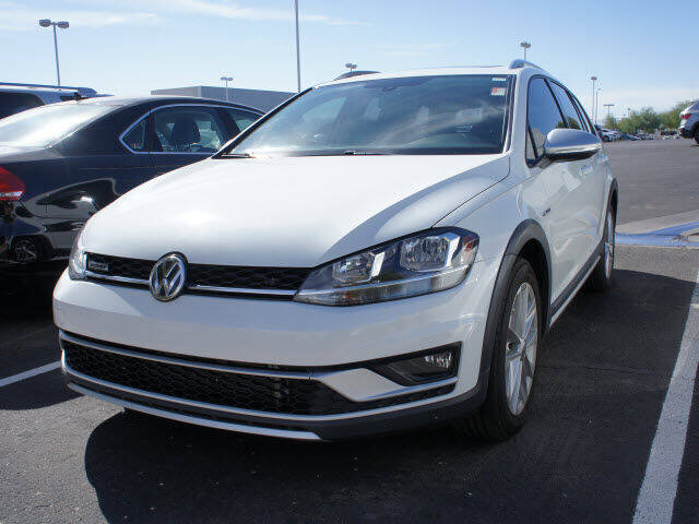 2018 Volkswagen Golf Alltrack for sale at CarFinancer.com in Peoria AZ
