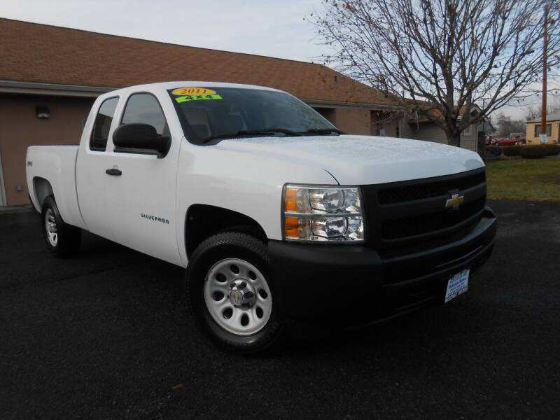 2011 Chevrolet Silverado 1500 for sale at McKenna Motors in Union Gap WA