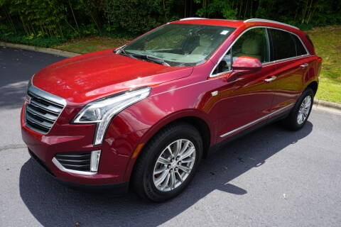 2017 Cadillac XT5 for sale at Modern Motors - Thomasville INC in Thomasville NC