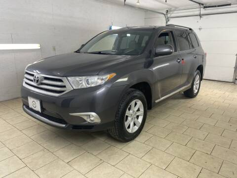 2013 Toyota Highlander for sale at 4 Friends Auto Sales LLC in Indianapolis IN