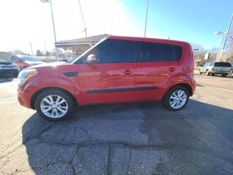 2013 Kia Soul for sale at Geareys Auto Sales of Sioux Falls, LLC in Sioux Falls SD