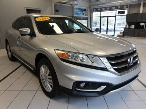 2013 Honda Crosstour for sale at Crossroads Car & Truck in Milford OH