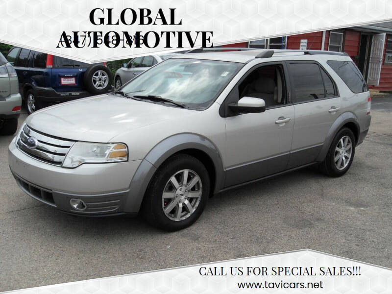 2008 Ford Taurus X for sale at GLOBAL AUTOMOTIVE in Gages Lake IL