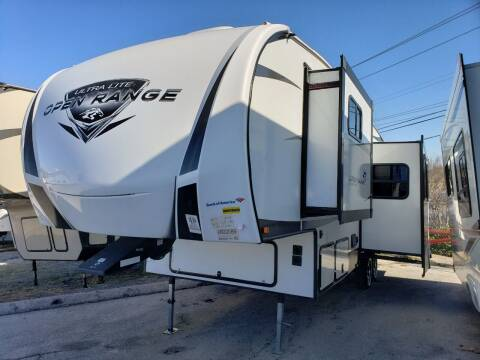 2018 highland ridge  Open range 2950BH for sale at Ultimate RV in White Settlement TX