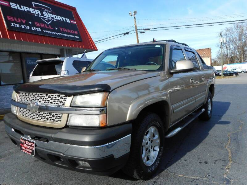 2006 Chevrolet Avalanche for sale at Super Sports & Imports in Jonesville NC