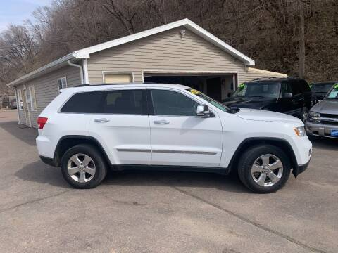 2013 Jeep Grand Cherokee for sale at Iowa Auto Sales, Inc in Sioux City IA