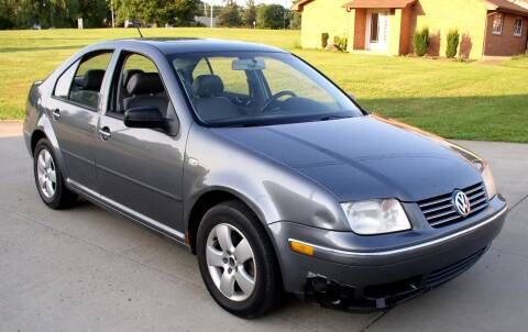 2004 Volkswagen Jetta for sale at Angelo's Auto Sales in Lowellville OH