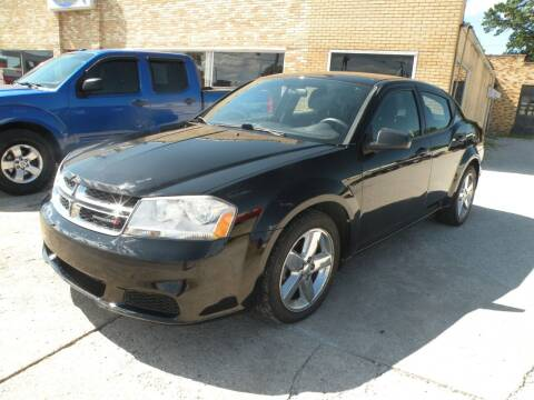 2013 Dodge Avenger for sale at Kingdom Auto Centers in Litchfield IL