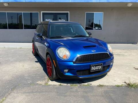 2009 MINI Cooper Clubman for sale at AUTO NATIX in Tulare CA
