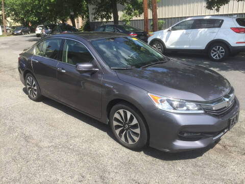 2017 Honda Accord Hybrid for sale at UNION AUTO SALES in Vauxhall NJ