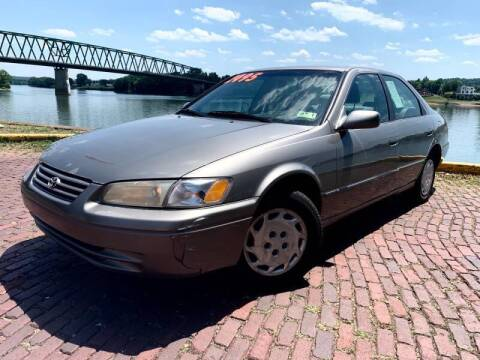 1999 Toyota Camry for sale at PUTNAM AUTO SALES INC in Marietta OH