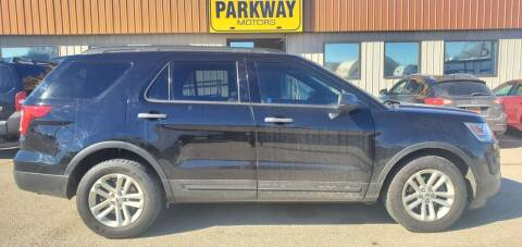 2016 Ford Explorer for sale at Parkway Motors in Springfield IL
