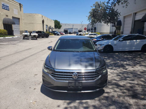 2019 Volkswagen Jetta for sale at INTERNATIONAL AUTO BROKERS INC in Hollywood FL