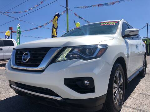 2017 Nissan Pathfinder for sale at 1st Quality Motors LLC in Gallup NM
