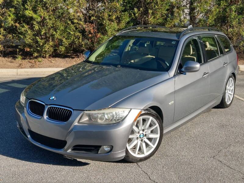 2009 BMW 3 Series for sale at Mich's Foreign Cars in Hickory NC