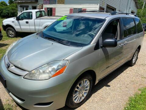 2007 Toyota Sienna for sale at Richard C Peck Auto Sales in Wellsville NY