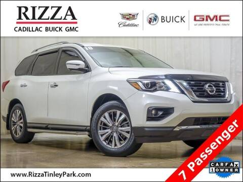 2018 Nissan Pathfinder for sale at Rizza Buick GMC Cadillac in Tinley Park IL