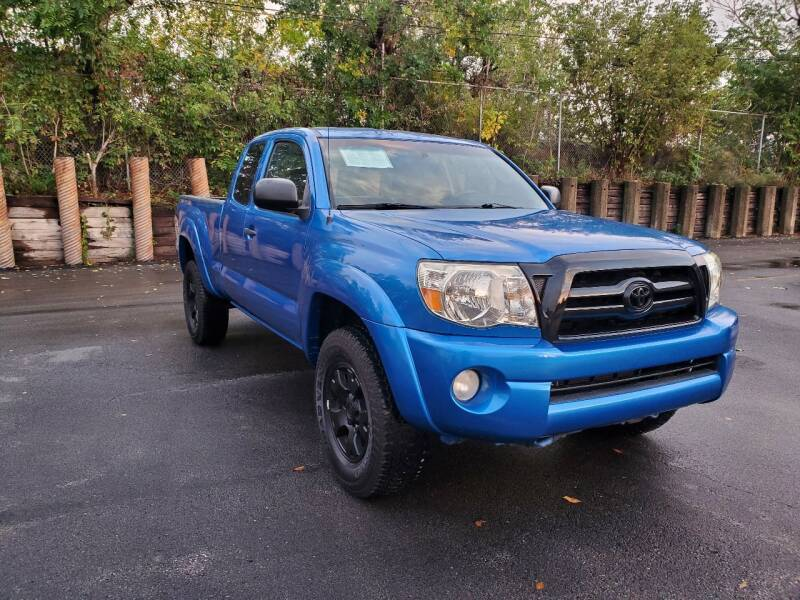 2005 Toyota Tacoma for sale at U.S. Auto Group in Chicago IL