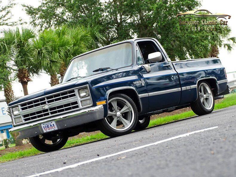 1987 Chevrolet R/V 10 Series for sale in Palmetto, FL