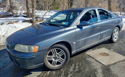 2006 Volvo S60 for sale at CRS 1 LLC in Lakewood NJ