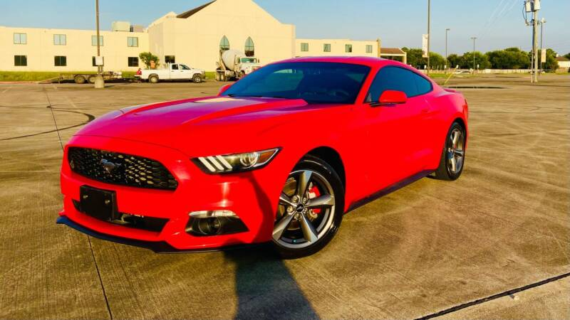 2015 Ford Mustang for sale at AUTO DIRECT Bellaire in Houston TX