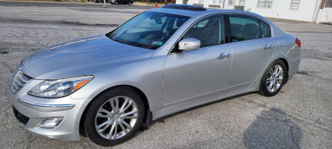 2013 Hyundai Genesis for sale at WEELZ in New Castle DE