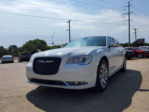 2018 Chrysler 300 for sale at International Auto Sales in Garland TX